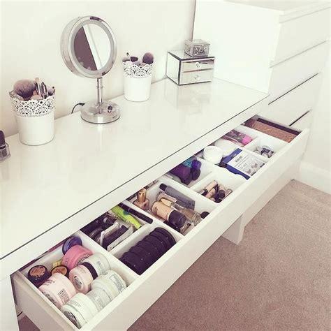 Diy-Bathroom-Makeup-Shelf