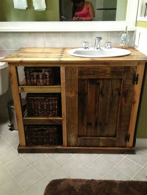 Diy-Bathroom-Vanity-Made-Out-Of-Pallets-Plans