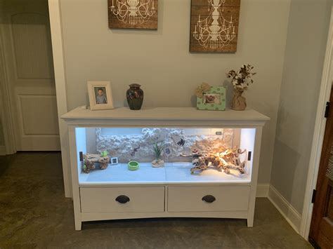 Diy-Bearded-Dragon-Cage-From-Dresser