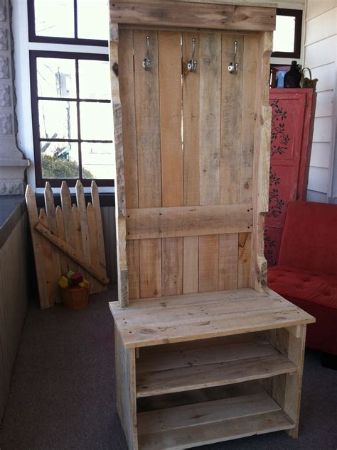 Diy-Bench-Seat-With-Back-Coat-Rack