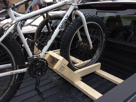Diy-Bicycle-Strap-Rack