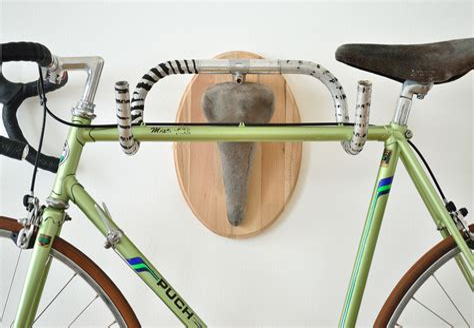 Diy-Bike-Rack-Handlebars