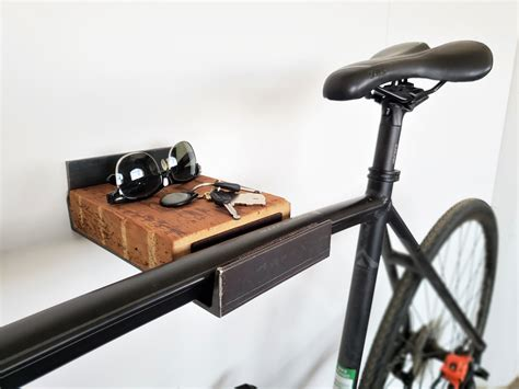 Diy-Bike-Wooden-Bike-Wall-Mount-With-Shelves