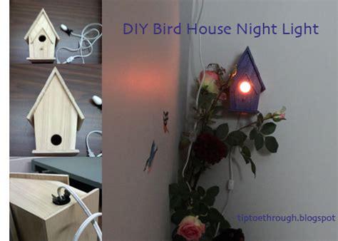 Diy-Birdhouse-Night-Light