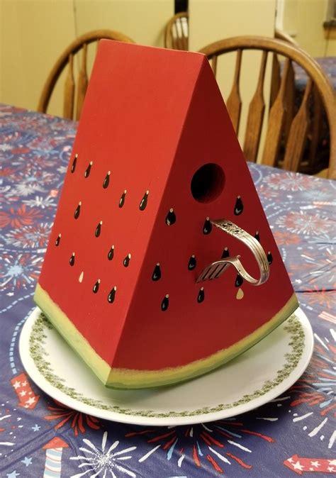 Diy-Birdhouse-Watermelon