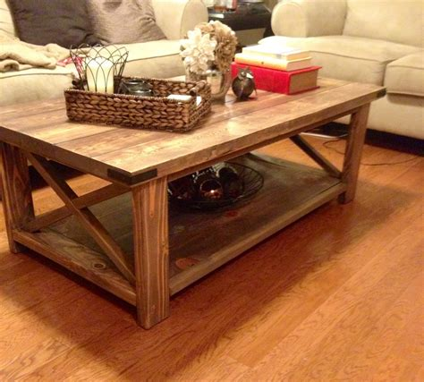 Diy-Black-And-White-Coffee-Table