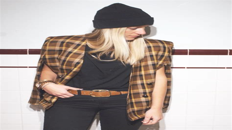 Diy-Blazer-Cape