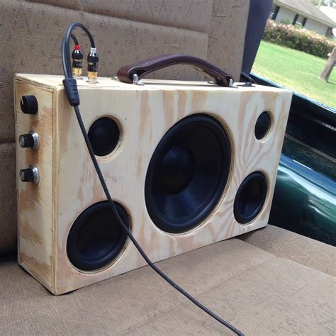 Diy-Bluetooth-Speakers-Box