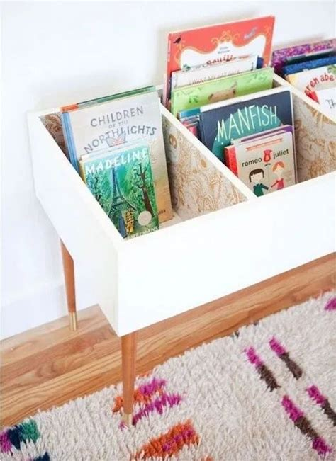Diy-Bookcase-For-Kids-From-Pallets