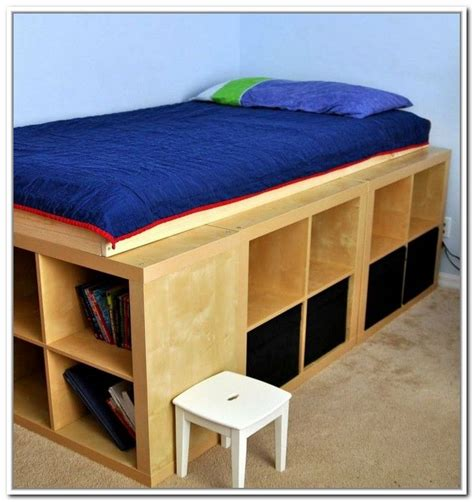 Diy-Bookcase-Platform-Bed