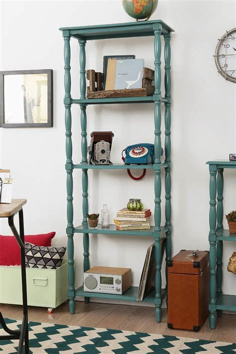 Diy-Bookcase-With-Wood-Spindles