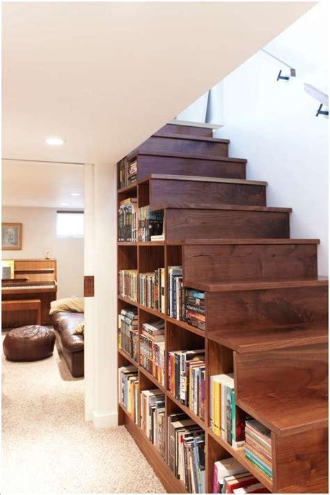 Diy-Bookshelf-Kneel-Wall