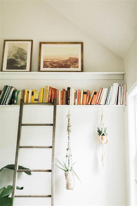 Diy-Bookshelf-Ledges