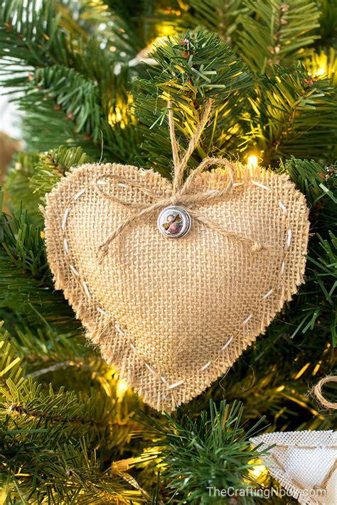 Diy-Burlap-Christmas-Ornaments