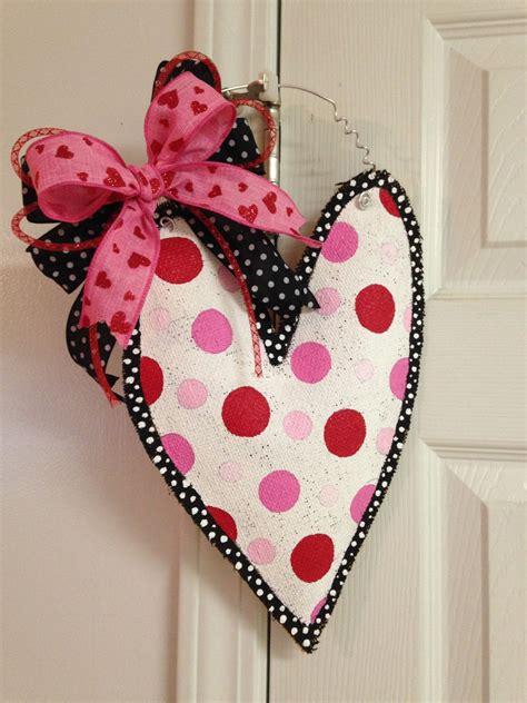 Diy-Burlap-Heart-Door-Hanger