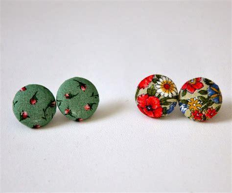 Diy-Button-Earrings