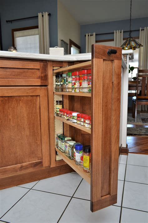 Diy-Cabinet-Pull-Out-Spice-Rack