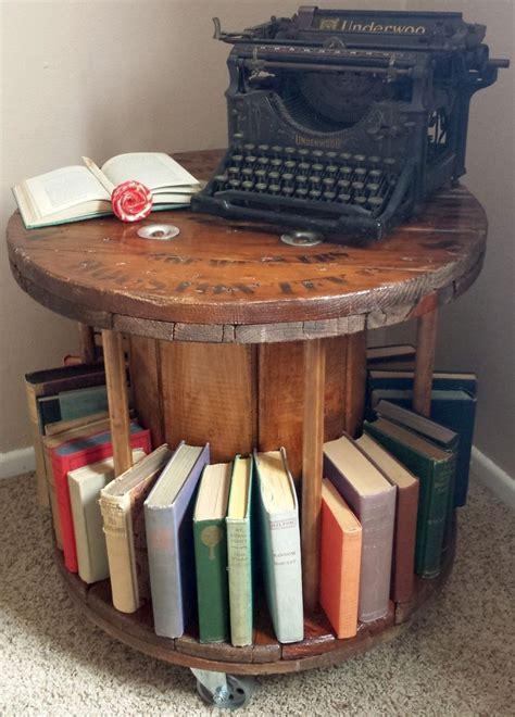 Diy-Cable-Spool-Bookshelf