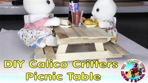 Diy-Calico-Critters-Table
