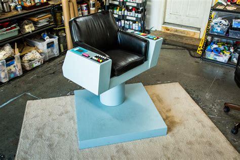 Diy-Captain-Kirk-Chair