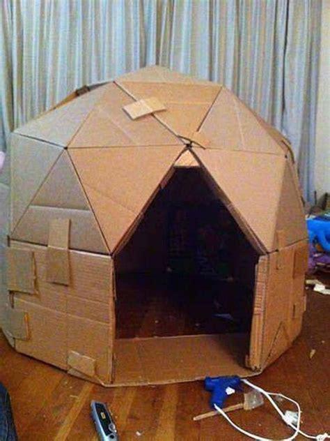 Diy-Cardboard-Box-Into-Table