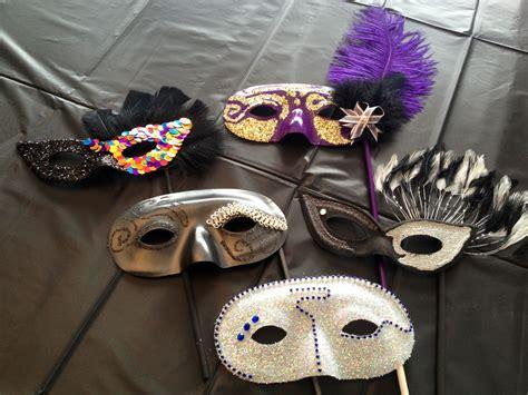 Diy-Carnival-Mask