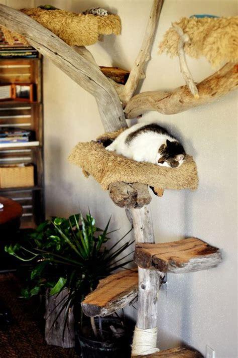 Diy-Cat-Play-Tree