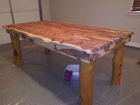 Diy-Cedar-Kitchen-Table