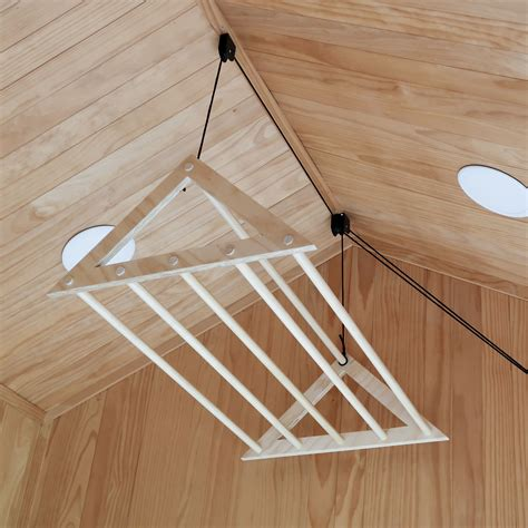 Diy-Ceiling-Pulley-Clothes-Drying-Rack