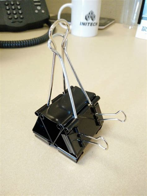 Diy-Cellphone-Stand-For-Desk