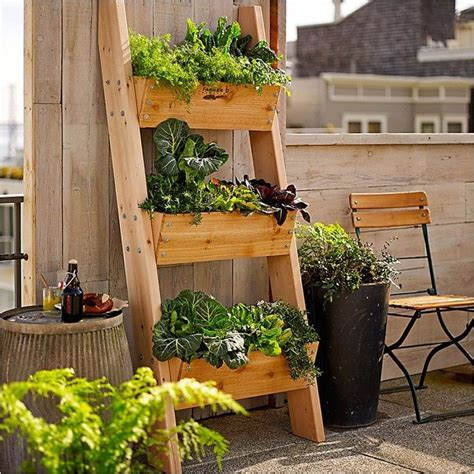 Diy-Cement-Fence-Garden-Planter-Box