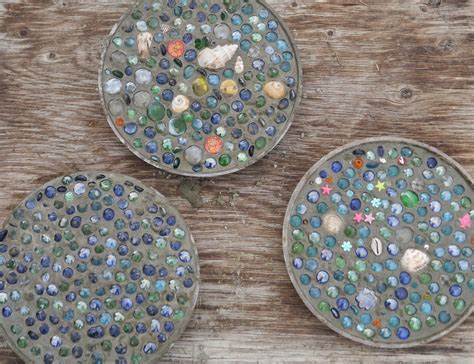Diy-Cement-Stepping-Stones