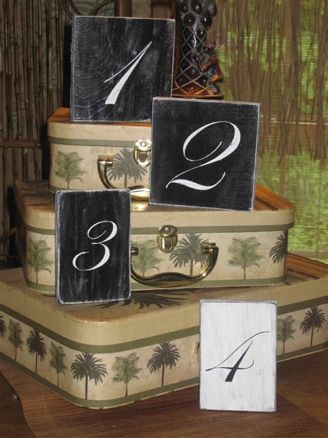 Diy-Chalkboard-Table-Numbers