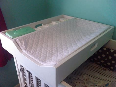 Diy-Changing-Table-That-Fits-Over-Crib