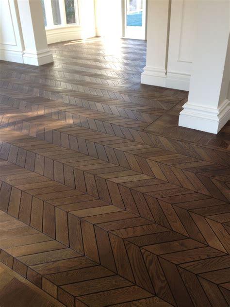 Diy-Chevron-Wood-Floor