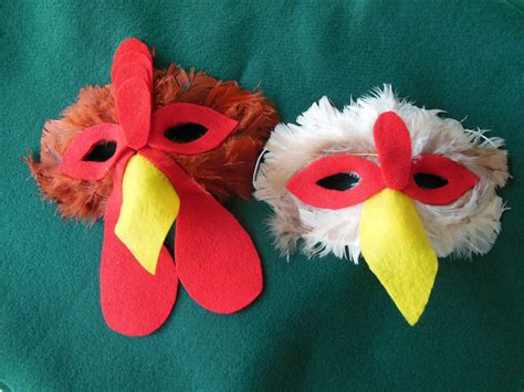 Diy-Chicken-Mask