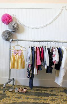 Diy-Childrens-Clothes-Rack
