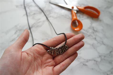 Diy-Choker-Necklace-Materials