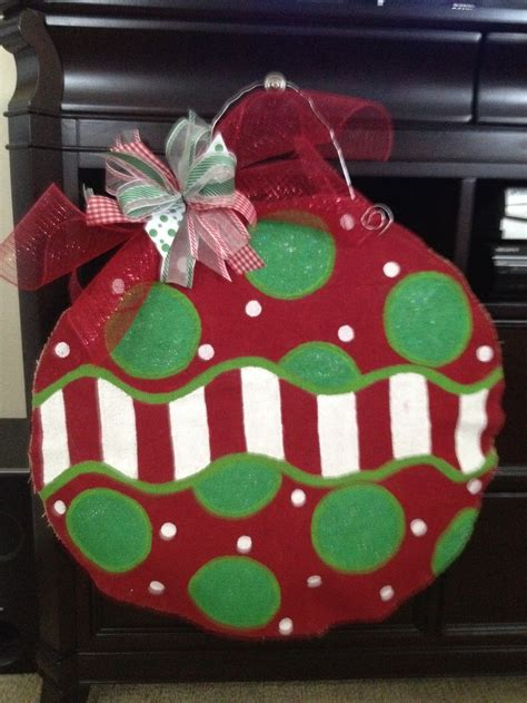 Diy-Christmas-Burlap-Door-Hanger