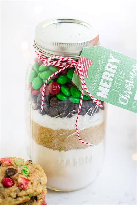 Diy-Christmas-Cookie-Jars