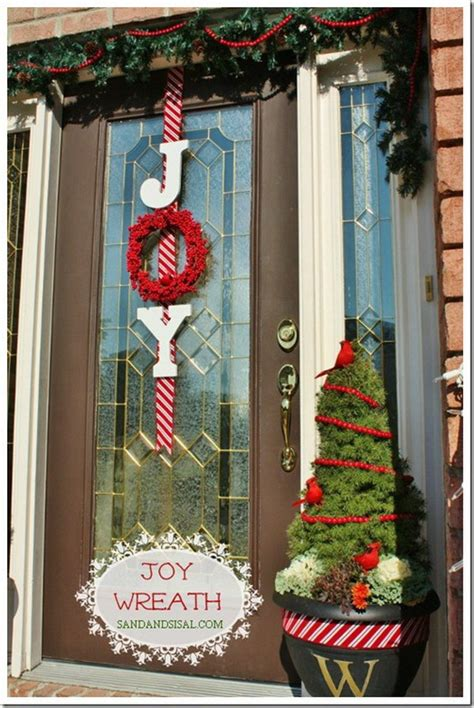 Diy-Christmas-Front-Door