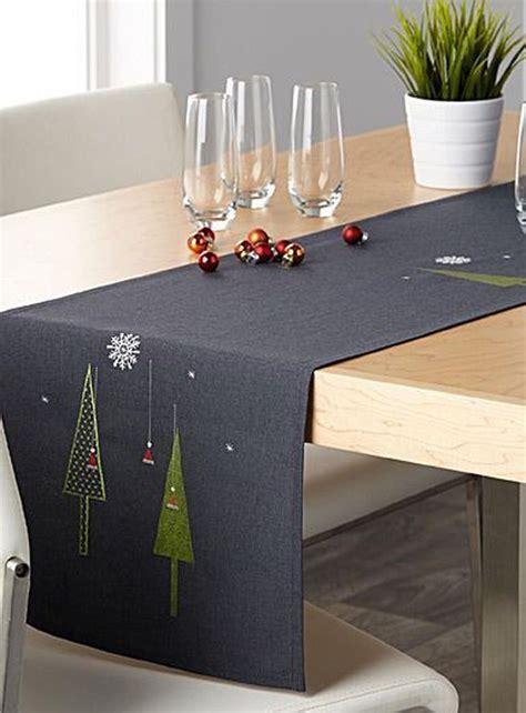 Diy-Christmas-Table-Runner-Ideas