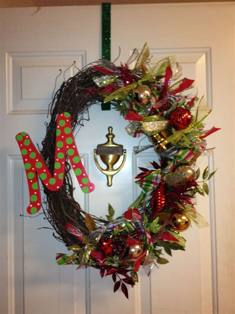 Diy-Christmas-Wreath-With-Initial