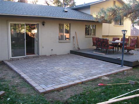 Diy-Cinder-Block-Patio-Pavement