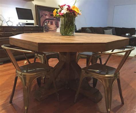 Diy-Circle-Kitchen-Table
