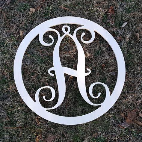 Diy-Circle-Monogram
