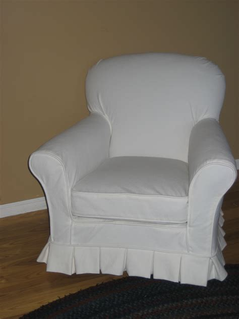 Diy-Club-Chair-Slipcover