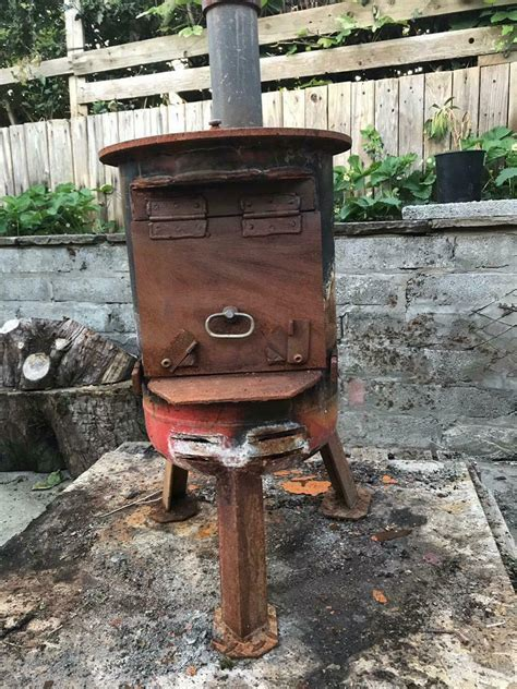 Diy-Coal-Stove-Made-Out-Of-Wood