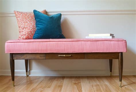 Diy-Coffee-Table-Into-Bench