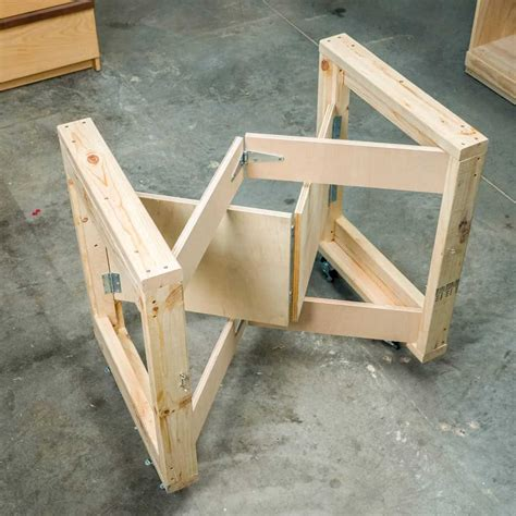 Diy-Collapsible-Workbench-Cart